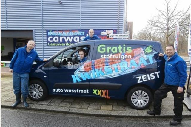 Medewerkers van Kwikstraat Carwash Zeist